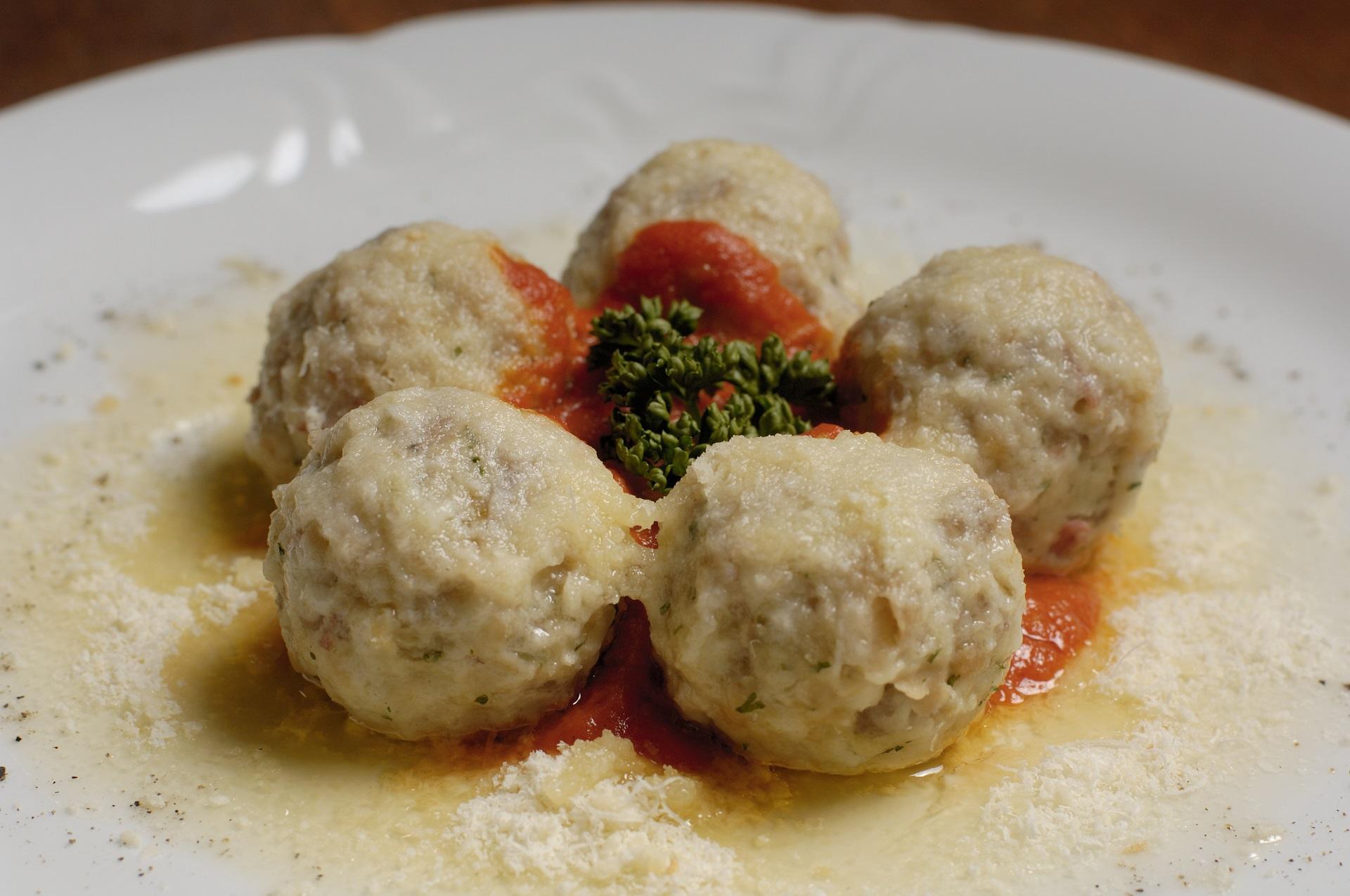 canederli_cucina_gastronomia_ph.Ronny_Kiaulehn_2.jpg