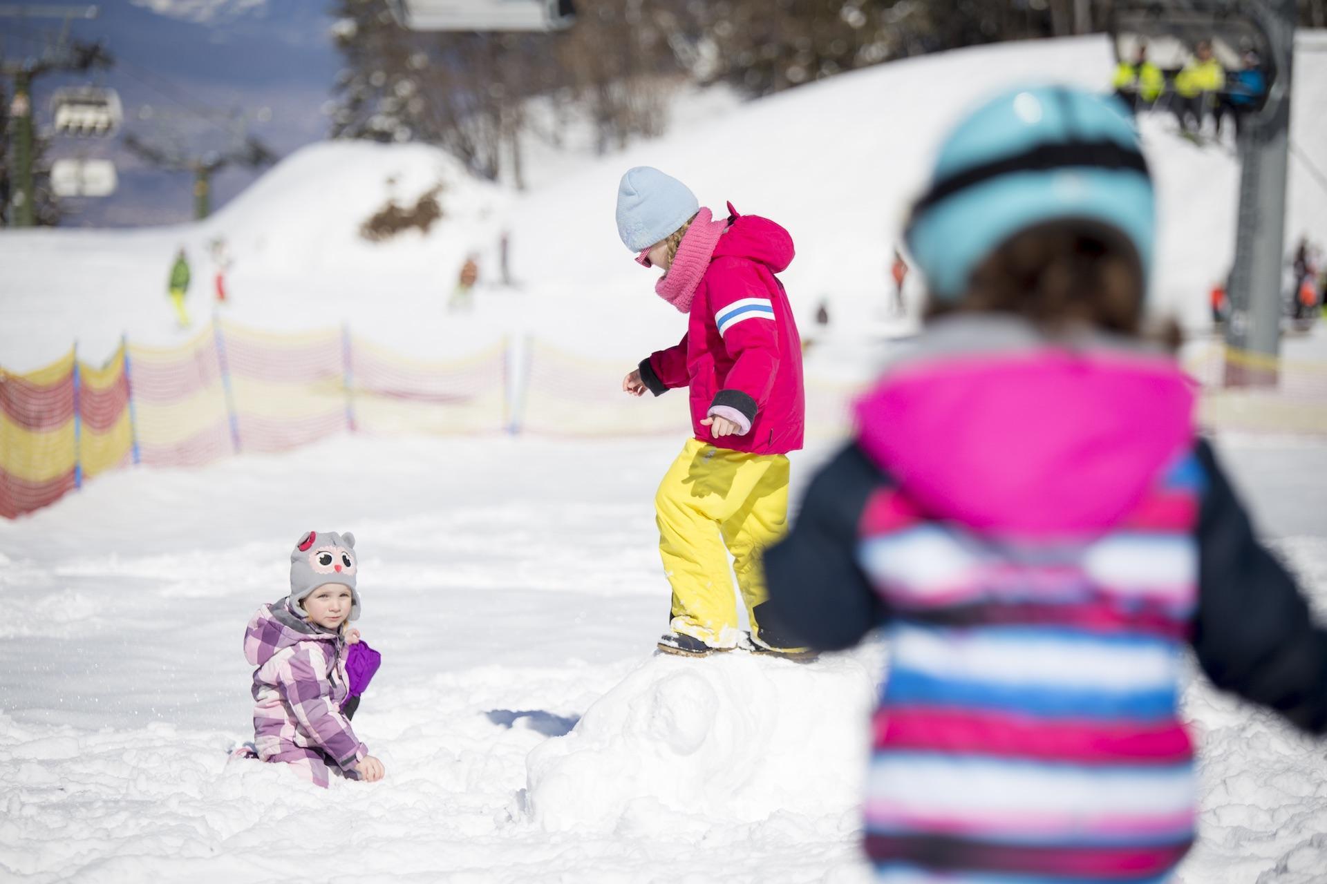 Paganella Kinder Club Baby Park Dosson Dolomiti per vacanze in famiglia a Andalo sulle Dolomiti